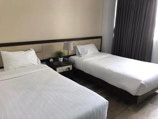 Rajah hotel russian prostitutes